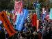 NGO、市民運動「及び腰」クラブ