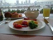 クラブ明けにホテルの朝ごはん