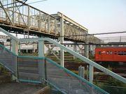 三鷹 跨線橋と電車庫通り