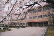 射水市立中太閤山小学校