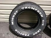 タイヤはやっぱりホワイトレター