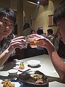 女子ビールチキン