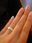 指が太いんです。