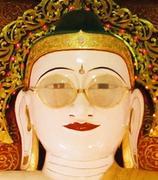 ミャンマーの仏像