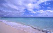 海の青さにおぼれる