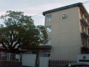 松山市立宮前小学校
