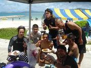 沖縄の海でビーチparty