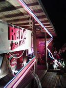 LIVE & BAR REDS