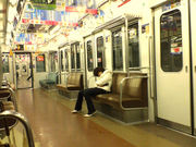 電車に乗ると眠くなる。zzz。