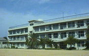 北淡西中学校