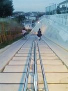 歩幅が合わない階段