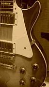 ギターと添い寝。