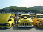 黄色のクルマたち