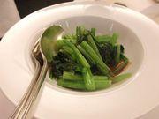 野菜中心の料理を楽しもう〜。