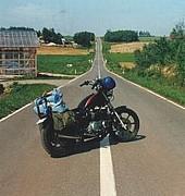 バイクを相棒と呼ぶ。