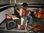 色んな楽器を弾いてみたい!!