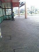 スーパーで働く人々