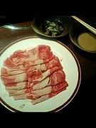 しゃぶしゃぶに肉をぶち込む。
