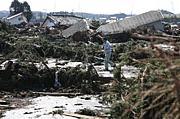 裏表のない震災と国際援助