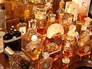 アンティーク香水ミュージアム