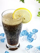 コーラは薄めて飲む