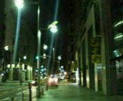 夜に散歩します。