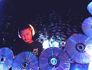 DJ  watanabe  to-ru