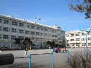 篠崎第三小学校