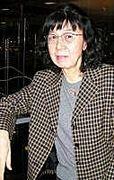 富岡多恵子