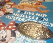Disneyのスーベニアメダル
