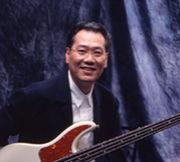 Bassist 岡沢章