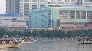 東京湾華火(花火)を屋形船
