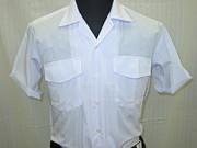 半袖開襟シャツを夏の正装に
