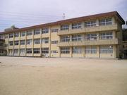 東田布施小学校