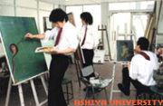 芦屋大学美術部