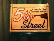 5th−Street