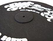 DJが使うレコード以外のアイテム