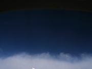 飛行機から空をみる
