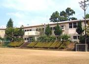 前津江中学校