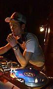 DJ-HIDE