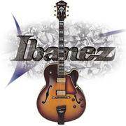 Ibanezの『箱もの』弾いてます。