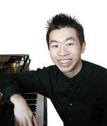 Blindfolded Pianist