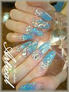 *Nail salon Artical*