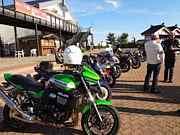 天領の里に集まるバイク仲間