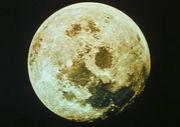 月を見てると落ち着く