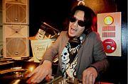 DJ SHIMOYAMAN