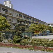 富士見市立諏訪小学校