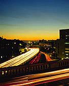 深夜の高速道路萌え