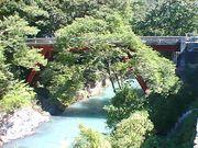 秋川の流れを考える