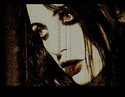 Roxy Saint